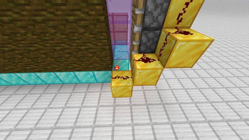 レッドストーンのたいまつの隣から建築用ブロックとレッドストーン